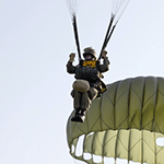 parachutiste_debarquement_6juin1944_normandie_guerre