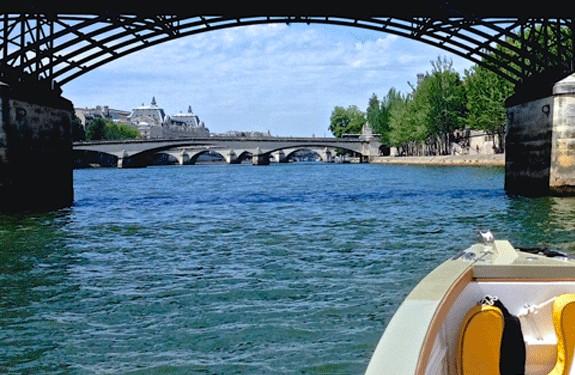 Chic Picnic Paris