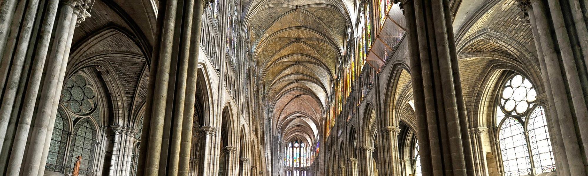 Cathédrale-Basilique de Saint-Denis, nécropole des Rois et Reines de France.